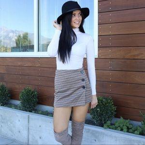 Dresses & Skirts - Plaid skort